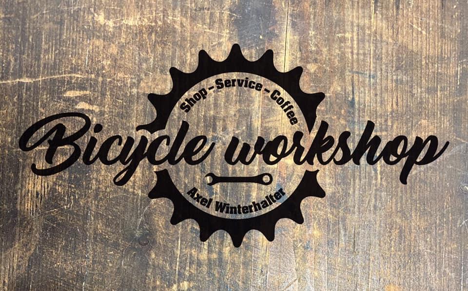 stage_image_logo_wood